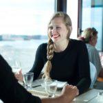 女性が好む会話が盛り上がる話題一覧と盛り上げる質問方法